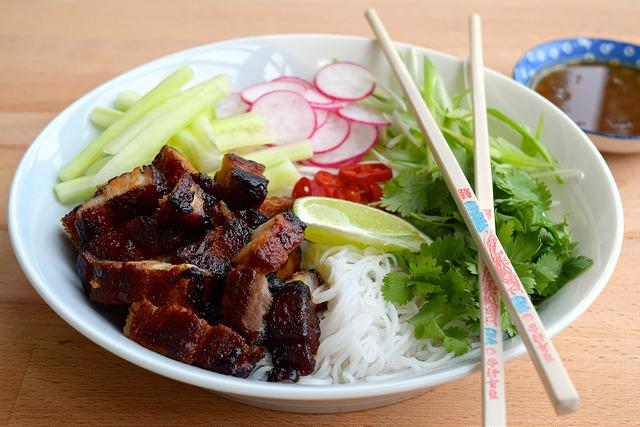 Korean Pork Belly Bun Bowl   www.rachelphipps.com @rachelphipps