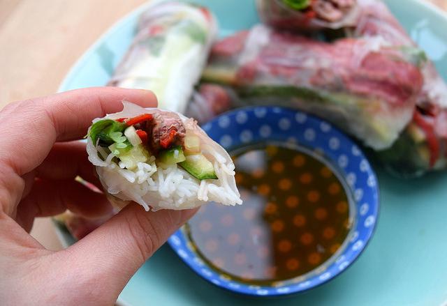 Dipping Vietnamese Steak Salad Summer Rolls   www.rachelphipps.com @rachelphipps