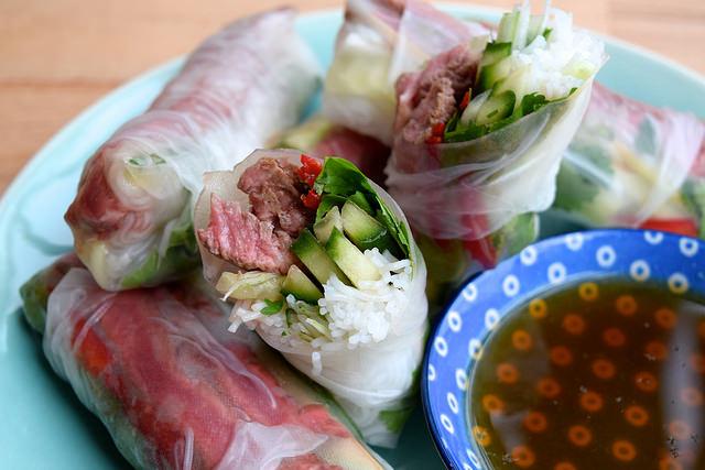 Vietnamese Steak Salad Summer Rolls   www.rachelphipps.com @rachelphipps