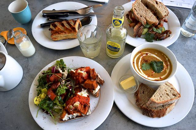 Lunch at Pop Up Cafe, Deal   www.rachelphipps.com @rachelphipps