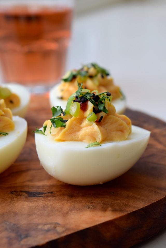 Easy Asian Devilled Eggs   www.rachelphipps.com @rachelphipps