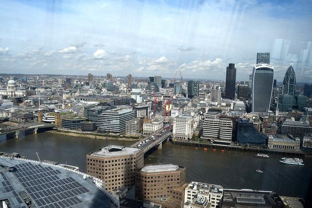 London from the 32nd floor of The Shard | www.rachelphipps.com @rachelphipps