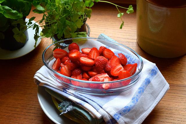 Local Brittany Strawberries, France   www.rachelphipps.com @rachelphipps