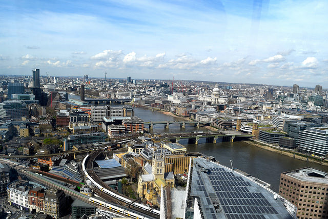 View of London from Hutong, The Shard | www.rachelphipps.com @rachelphipps
