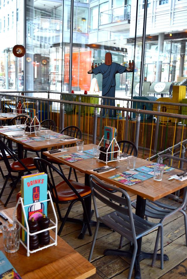 Inside Cabana, Covent Garden   www.rachelphipps.com @rachelphipps