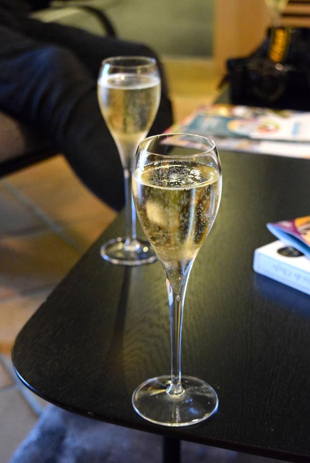 Champagne at Hostellerie de L'Imaginaire | www.rachelphipps.com @rachelphipps
