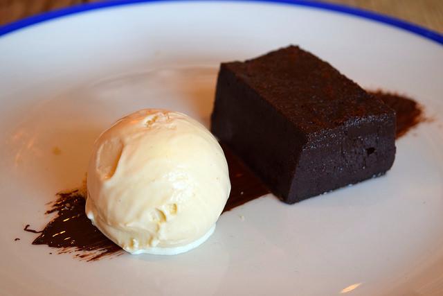 Warm Chocolate Brownie with Salted Caramel Ice Cream at The Duke William, Ickham | www.rachelphipps.com @rachelphipps