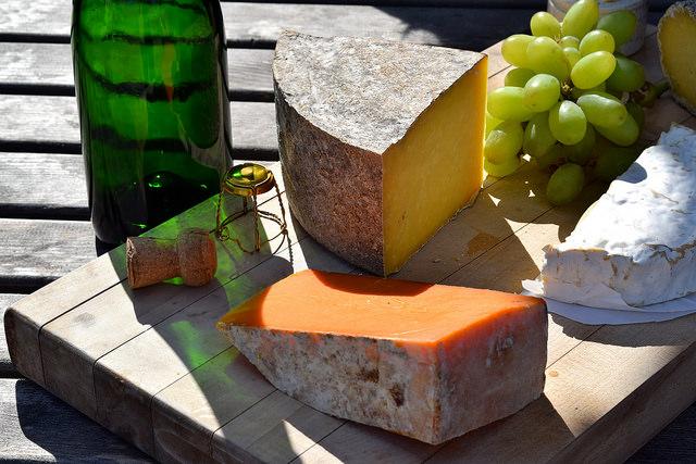 Canterbury Cheese at Barnsole Vineyard, Staple | www.rachelphipps.com @rachelphipps