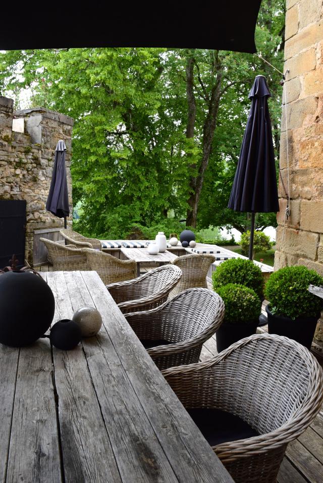 Outdoor Terrace at Chateau de Lissac | wwww.rachelphipps.com @rachelphipps