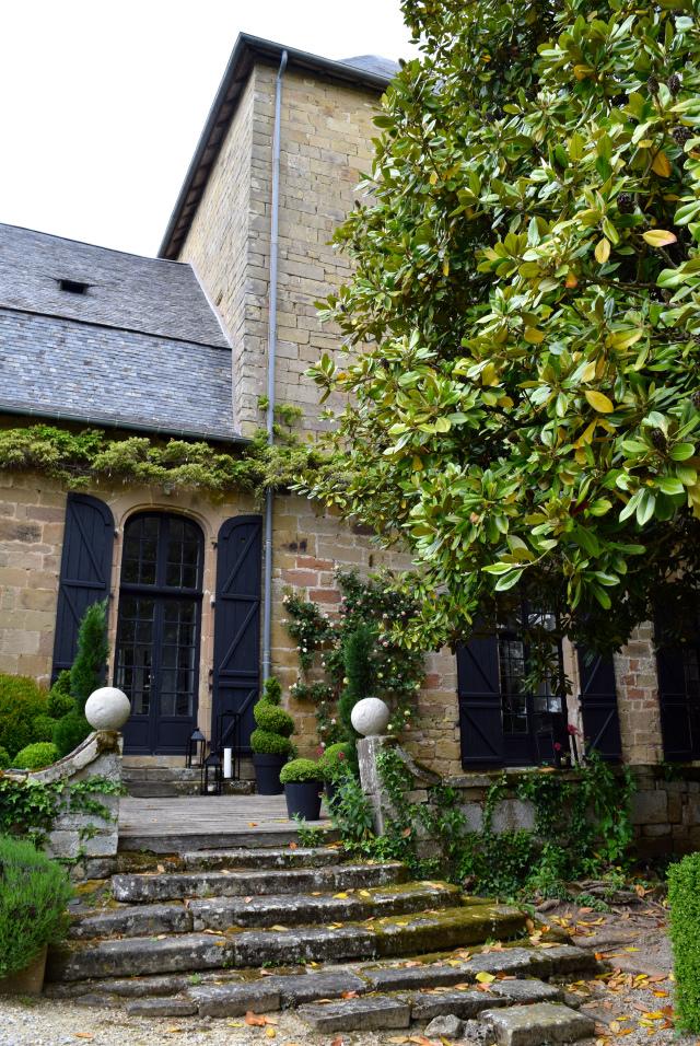 Chateau de Lissac, near Brive in the Dordogne Valley | www.rachelphipps.com @rachelphipps