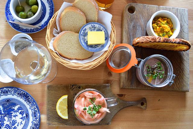 Lunch at The Duck Inn, Pett Bottom   www.rachelphipps.com @rachelphipps