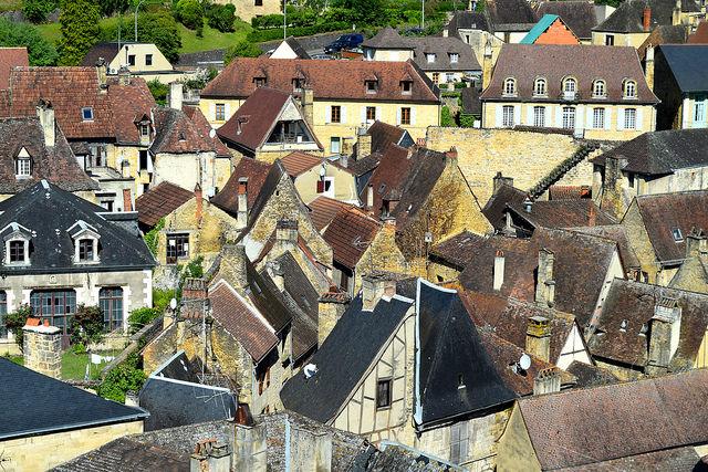 Rooves of Sarlat, Dordogne Valley | www.rachelphipps.com @rachelphipps