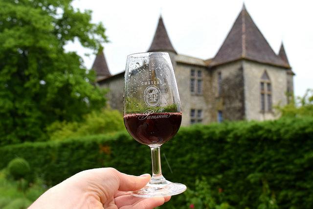 Visiting the Winery at Chateau Panniseau | www.rachelphipps.com @rachelphipps