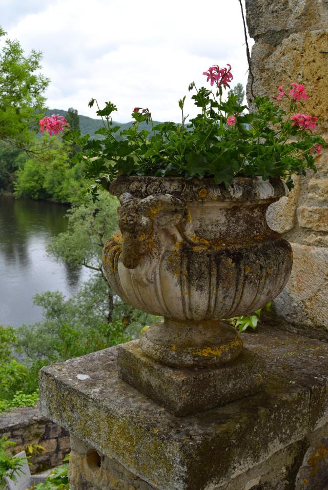 Planter at Chateau de la Treyne | www.rachelphipps.com @rachelphipps