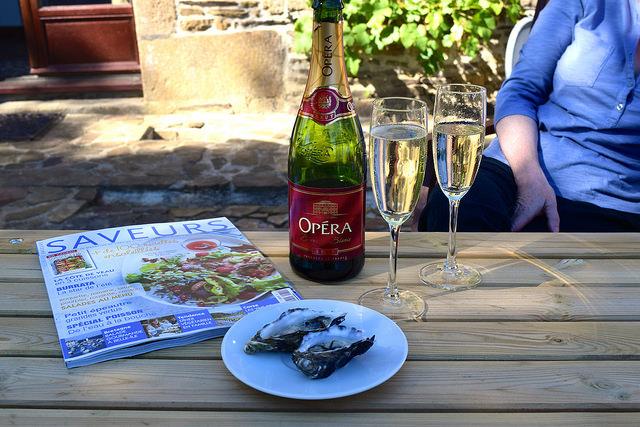 Aperitif in Brittany | www.rachelphipps.com @rachelphipps