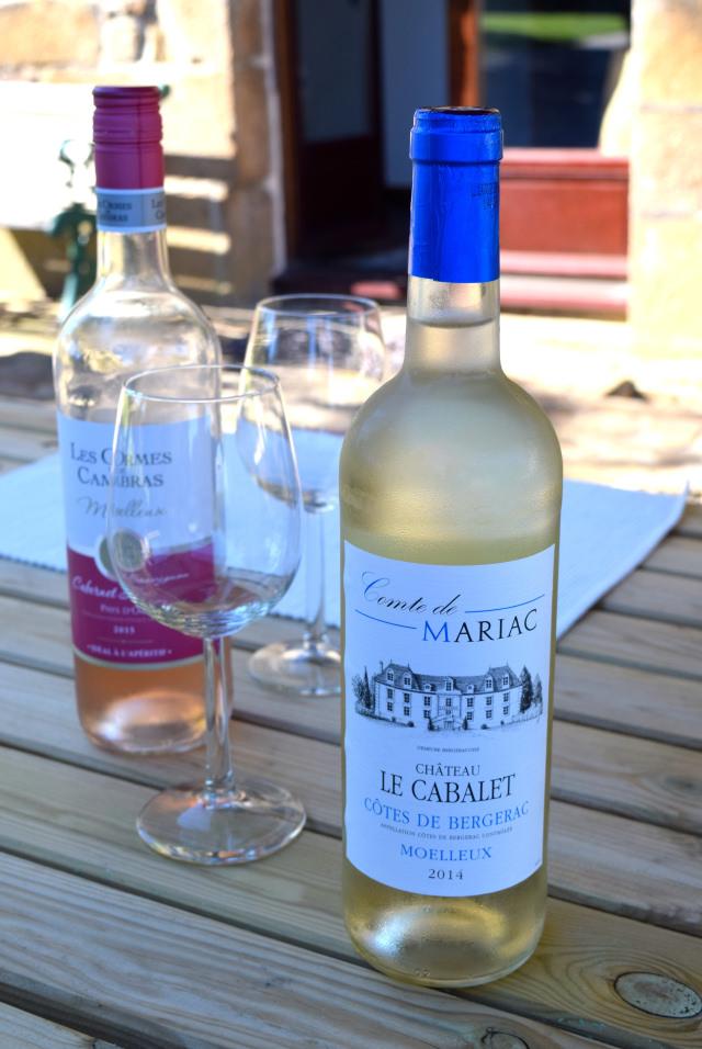 French Wine in Brittany   www.rachelphipps.com @rachelphipps