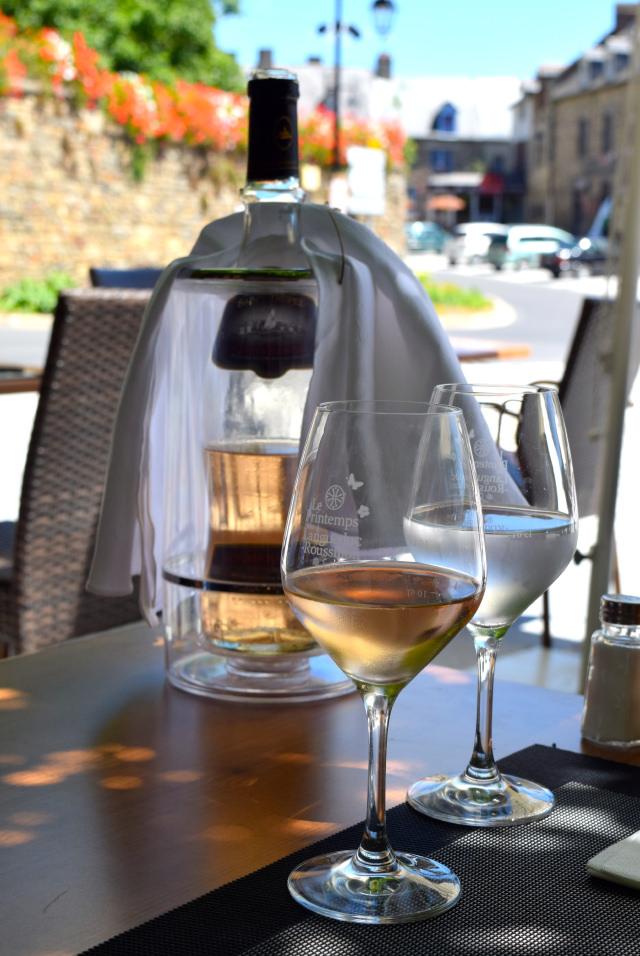 Cotes de Provence at Hotel Restaurant du Chateau, Combourg   www.rachelphipps.com @rachelphipps