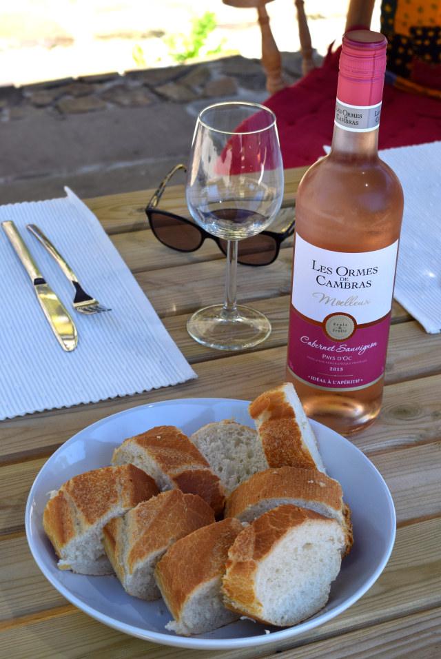 French Bread and Wine   www.rachelphipps.com @rachelphipps