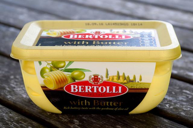 Bertolli with Butter | www.rachelphipps.com @rachelphipps