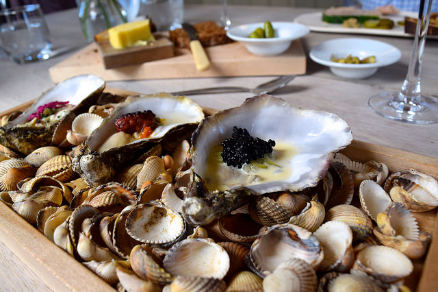 Oysters and Caviar at The Sportsman, Seasalter   www.rachelphipps.com @rachelphipps