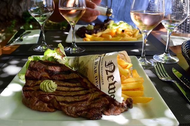 Entrecote Steak & Chips at Hotel Restaurant du Chateau, Combourg   www.rachelphipps.com @rachelphipps