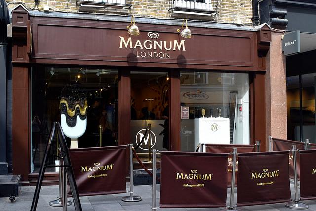 Magnum Pleasure Store | www.rachelphipps.com @rachelphipps