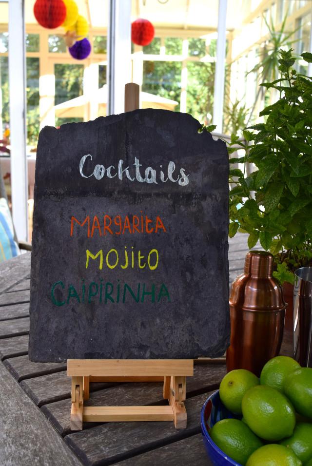 DIY Re-usable Slate Cocktail Menu | www.rachelphipps.com @rachelphipps