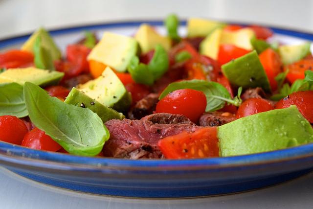 Bloody Mary Steak Plate with Avocado | www.rachelphipps.com @rachelphipps