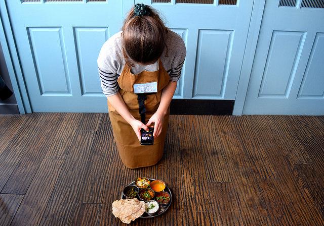 Instagramming at the Jamie Oliver Cookery School | www.rachelphipps.com @rachelphipps