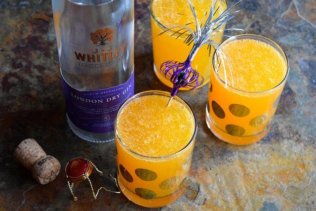 Clementine 75's for Christmas Breakfast   www.rachelphipps.com @rachelphipps