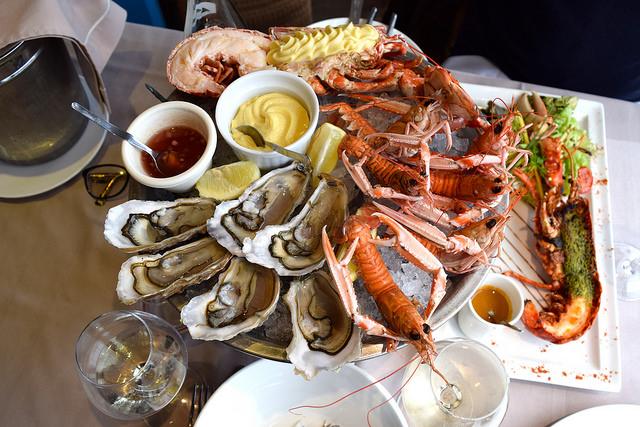 Fruits de Mer at La Mere Champlain, Cancale | www.rachelphipps.com @rachelphipps