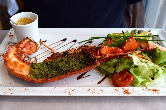 Brittany Blue Lobster at La Mere Champlain, Cancale | www.rachelphipps.com @rachelphipps
