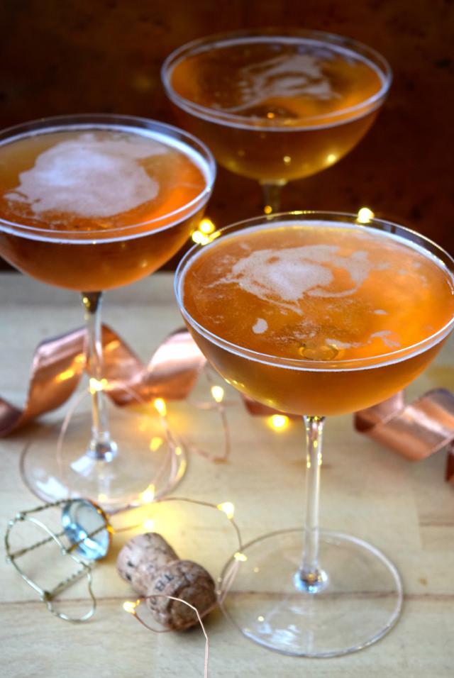 Champagne Cocktails for New Years Eve   www.rachelphipps.com @rachelphipps
