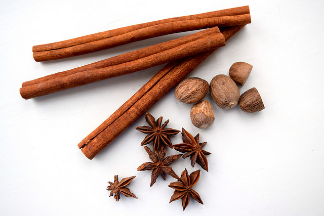Whole Spices | www.rachelphipps.com @rachelphipps
