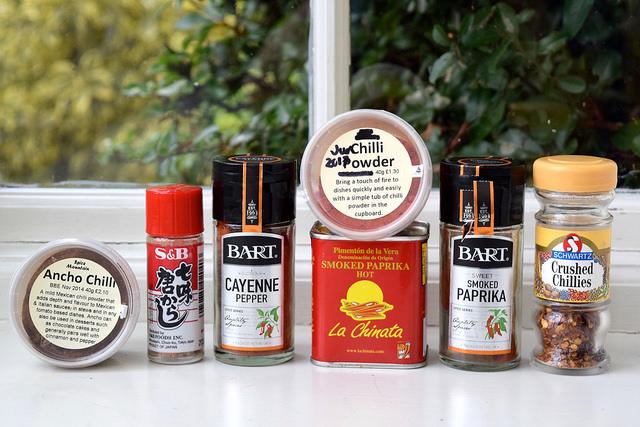 Different Types of Dried Chilli | www.rachelphipps.com @rachelphipps