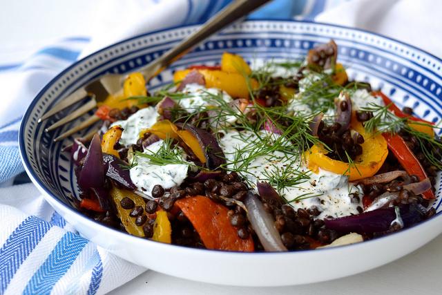 How To Make A Warm Roasted Vegetable Lentil Bowl with Herby Goats Yogurt | www.rachelphipps.om @rachelphipps