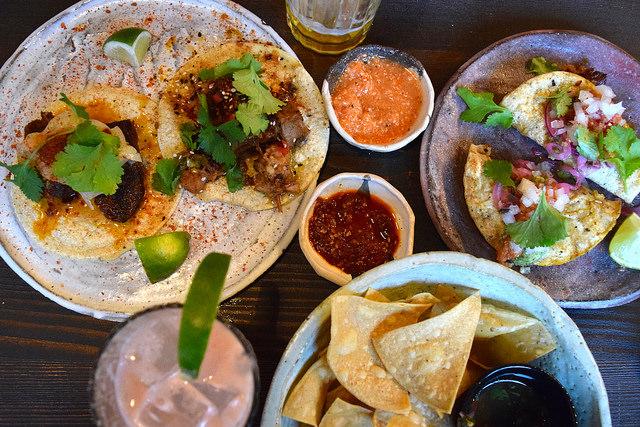 Lunchtime at Breddos Tacos, Clerkenwell   www.rachelphipps.com @rachelphipps