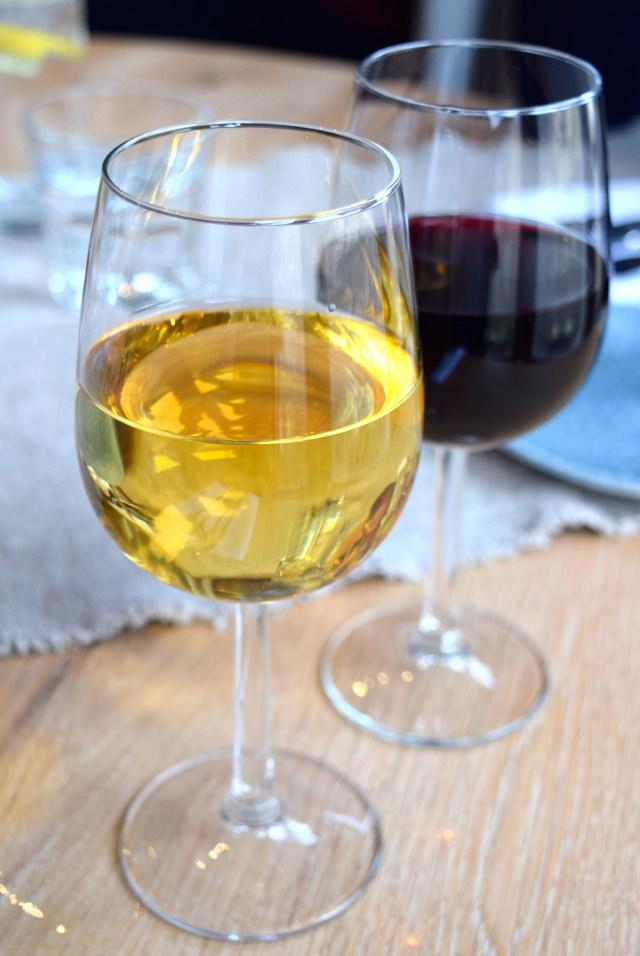 Spanish Wine at The Wife of Bath, Wye | www.rachelphipps.com @rchelphipps