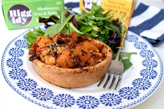 Sweet Potato & Spicy Tomato Higgidy Little Pie | www.rachelphipps.com @rachelphipps