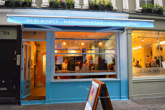 Places To Eat In London - Island Poké, Soho | www.rachelphipps.com @rachelphipps