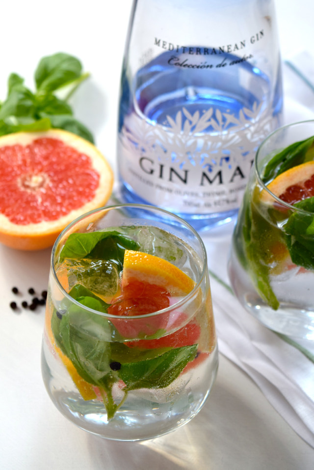 Grapefruit, Basil and Peppercorn Gin & Tonics