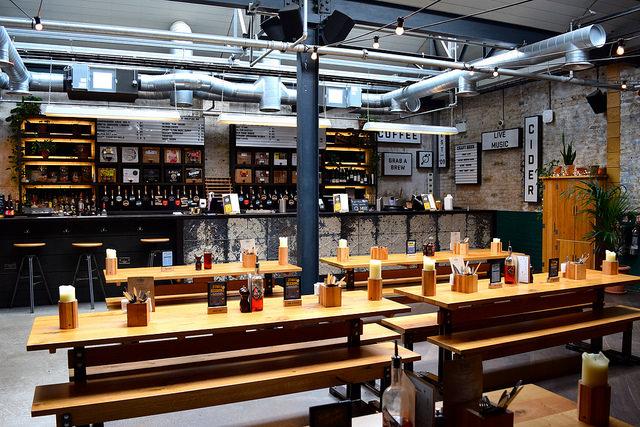 Back Room at The Stable, Whitechapel | www.rachelphipps.com @rachelphipps