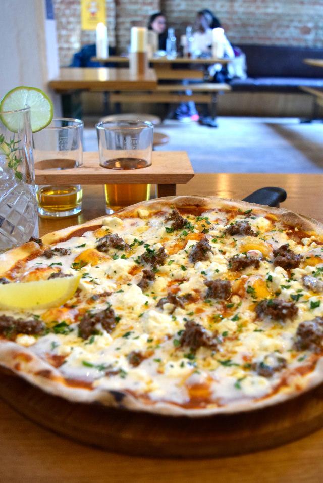Ali Baa Baa Pizza Special at The Stable, Whitechapel | www.rachelphipps.com @rachelphipps