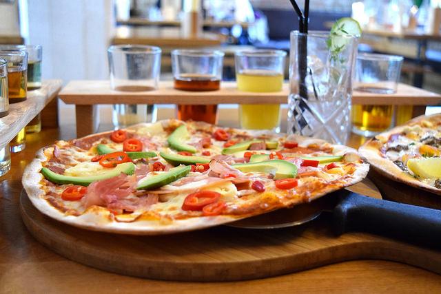 Hawaiian Pizza at The Stable, Whitechapel | www.rachelphipps.com @rachelphipps