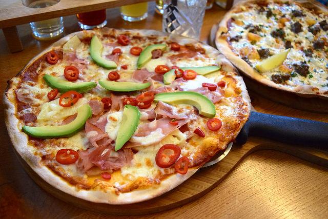 Fresh Hawaiian Pizza at The Stable, Whitechapel | www.rachelphipps.com @rachelphipps