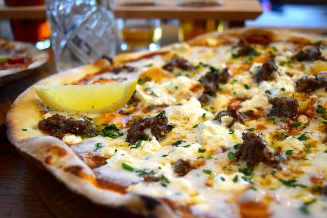 Pizza Special at The Stable, Whitechapel | www.rachelphipps.com @rachelphipps
