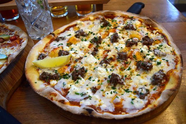 Ali Baa Baa Pizza Special at The Stable | www.rachelphipps.com @rachelphipps