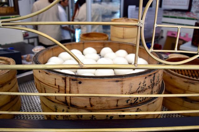 Steamed Bao Buns at Bun House, Soho | www.rachelphipps.com @rachelphipps