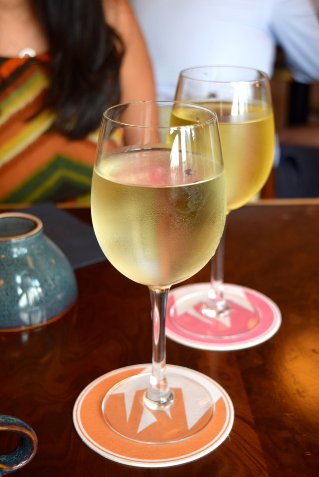 French White Wine at Mamie's, Covent Garden   www.rachelphipps.com @rachelphipps