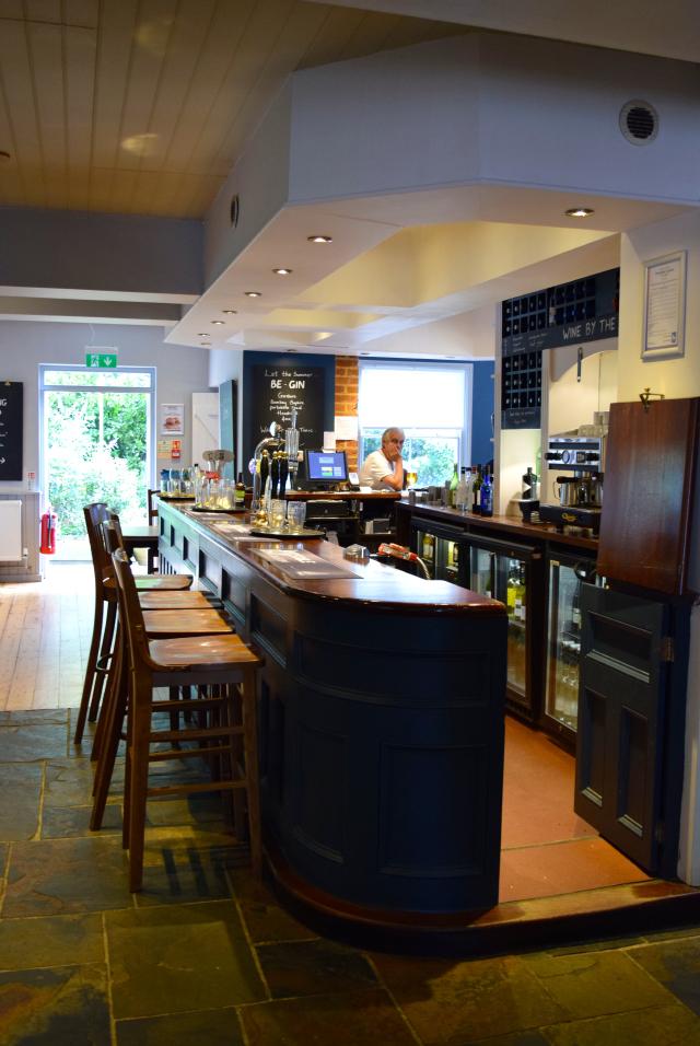 Bar at The Granville, Canterbury | www.rachelphipps.com @rachelphipps